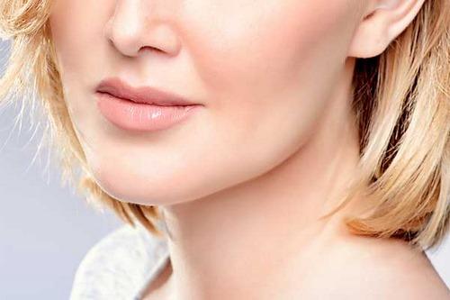 زاویه دار کردن صورت با آرایش