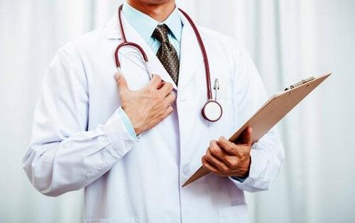 بهترین دکتر زیبایی بینی مشهد