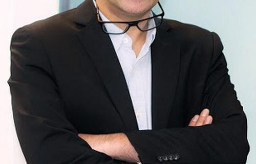 دکتر افشار جراح بینی در مشهد کیست